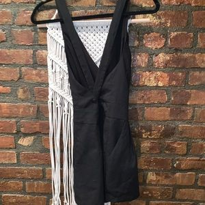 Backless black romper